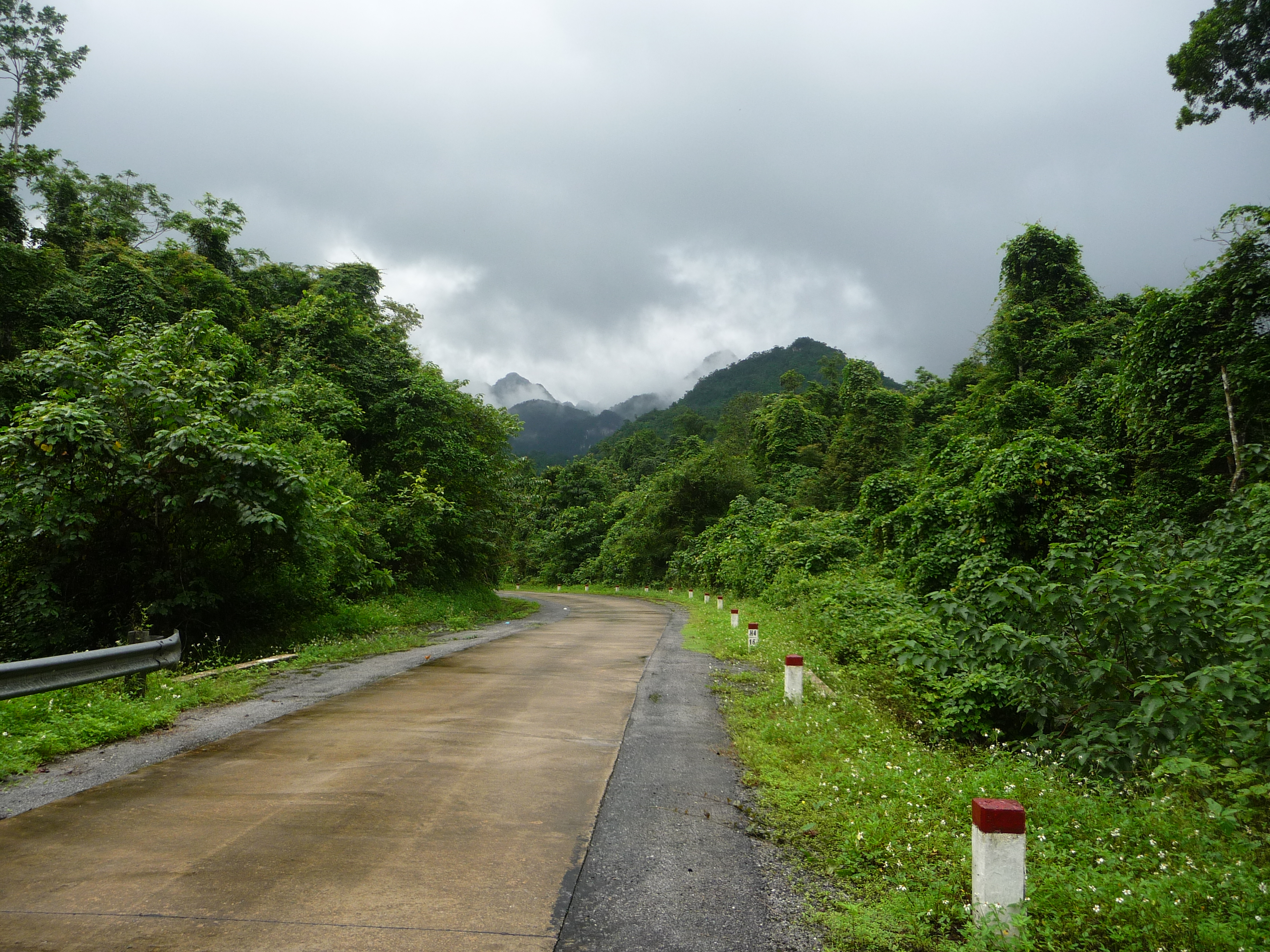 Vietnam By Motorcycle – Ninh Binh and On